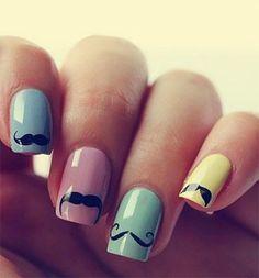 diseño de uñas acrílicas  decoradas con bigote