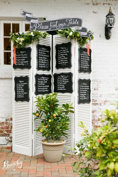 Gorgeous seating chart from The Chalk Shop! Photography: @bumby