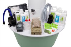 Includes everything to get started, even organic seeds. www.cstolle.towergarden.com