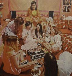 1968 Vintage Reel to Reel Tape Recorder Advertisement Teen Girl Slumber Party… Pyjama Party Fille, Pyjamas Party, Pj Party, 50th Party, Xmas Party, House Party, Party Time, Slumber Parties, Sleepover