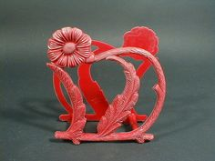1950 RED DAISY Plastic Napkin Holder-I have this & put letters in it. Didn't know it was that old.