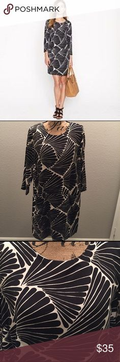 J. Crew Fan Dress This beautiful dress is in perfect condition! It is 100% polyester. J. Crew Dresses