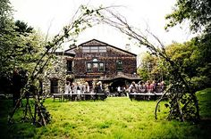 The Paine Estate in Waltham- Star Wars Wedding- Photography by Melanie Haney