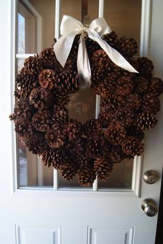 Have been saving pine cones for years now.time to make my wreath! (aw) How to make a pine cone wreath video tutorial Pine Cone Art, Pine Cone Crafts, Wreath Crafts, Diy Wreath, Pine Cones, Christmas Crafts, Pine Cone Wreath, Christmas Snowman, Felt Crafts