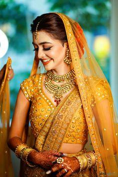 Minimalist Mumbai Wedding With A Bride In A Self-Designed Breathtaking Gold Lehenga! A Minimalist Mumbai Wedding With A Bride In A Self-Designed Breathtaking Gold Lehenga! Indian Bridal Outfits, Indian Bridal Fashion, Indian Bridal Makeup, Indian Bridal Wear, Pakistani Bridal, Bridal Dresses, Bride Indian, Pakistani Suits, Bridesmaid Dresses