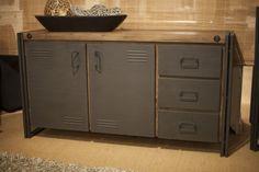 Industriële meubelen bij Happy Home http://www.happy-home.nl/shop/industriele-meubelen/industrieel.html