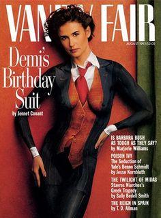 August 1992 - Famous Vanity Fair cover of Demi Moore wearing only body paint - Portrait by Annie Leibovitz Annie Leibovitz, Demi Moore, John Lennon, Body Painting, Painting Art, Vanity Fair Magazine, Barbara Bush, Celebrity Bodies, Nude Portrait