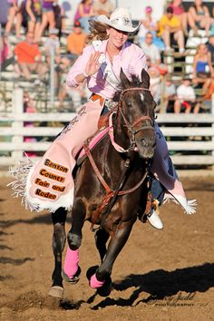 Rodeo Queen at 2012 NPRA Rodeo in Corvallis, OR.  Photo by Stacy Judd Photography www.stacyjudd.com