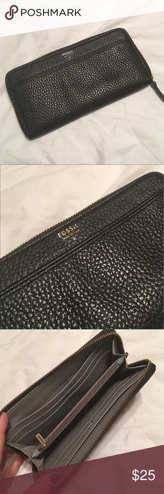NWOT Fossil Wallet NWOT NEVER USED Black Fossil Wallet! Has Many Card Slots, Zippered Coin Area And Very Sleek Design! Fossil Bags Wallets