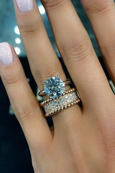 Engagement Rings : Picture Description 30 The Most Stunning Bridal Sets ❤️ bridal sets round cut simple gold diamond unique wedding band ❤️ See more: www. Wedding Rings Simple, Bridesmaid Jewelry Sets, Ring Verlobung, Simple Jewelry, Inexpensive Jewelry, Schmuck Design, Bridal Sets, Beautiful Rings, Diamond Jewelry