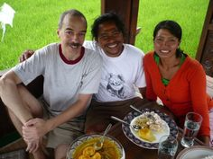 sunrise_Wayan-and-Putri-with-USA-Guest
