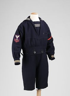 The sailor suit came in many dress versions, making it appropriate for any time of day and any season. It was a hugely popular style for boys because it expressed patriotism and pride in the male child Vintage Costumes, Vintage Outfits, Vintage Fashion, Jeanne Lanvin, Sailor Outfits, Boy Outfits, Historical Costume, Historical Clothing, Boys Suits
