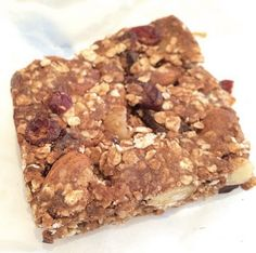 2 cups oats 1 cup almond butter 1/3 cup slivered almonds 1/3 cup dried cranberries 1/4 cup sunflower seeds 1/4 cup macadamia nuts 3 scoops chocolate #PerfectFitProtein 4 tbsp dark agave  Mix all dry ingredients together. Mix wet ingredients separately. Mix ground flax and chia seeds soaked in water to help bind everything further.
