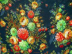 200-year-old Pavlovsky Posad Wool Shawls - Beauty will save
