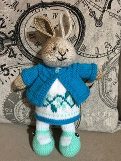 ce86cc44 1129 Best Knitted bunnies images in 2019   Knitted bunnies, Little ...