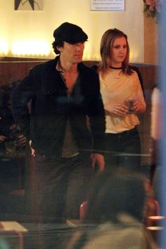 Are Benedict Cumberbatch and Laura Carmichael a couple? (read...)