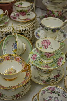 Bernideen's in Historic Old Colorado City: OVER 100 VINTAGE ENGLISH CUPS AND SAUCERS