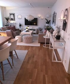 Novel Small Living Room Design and Decor Ideas that Aren't Cramped - Di Home Design Small Apartment Living, Home Living Room, Living Room Designs, Living Room And Bedroom In One, Kitchen With Living Room, Decorating Small Living Room, Living Room Decorations, Small Living Dining, Dining Room
