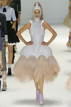 """Alexander McQueen Collection: """"It's Only A Game"""" (Spring - RTW - 2005)"""