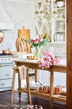 It's true… I am a bit of a mix and a match. I love a little shabby, a little cottage, a little French country and a mix of those styles in my rooms. My first love was French Country and you always have a soft spot for that first love don't you think? French Country Kitchens, French Country Bedrooms, French Country Farmhouse, French Country Style, French Country Decorating, Farmhouse Decor, Farmhouse Style, French Cottage Decor, Modern Country