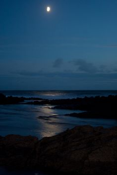 Moon lit sea - Mumbles, Swansea....wasn't there in the moonlight, but was there when the tide was out, fantastic!