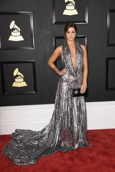 Cassadee Pope - Cleavage Was the Biggest Style Trend at the 2017 Grammys - Photos