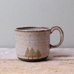 Black Ceramic Pine Trees Mug with Grey Glaze                                                                                                                                                     Mais