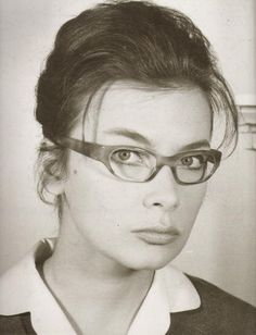 . Old Movies, Pencil Drawings, Movie Stars, Most Beautiful, Greek, Cinema, Actresses, Actors, Glasses