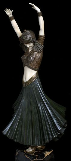 Demetre Chiparus - Art Déco - Sculpture - 'Danseuse Hindou' - 1925 (please follow minkshmink on pinterest)