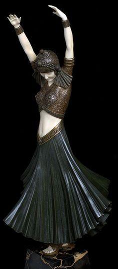 Demetre Chiparus - Art Déco - Sculpture - 'Danseuse Hindou' - 1925 (please follow minkshmink on pinterest)