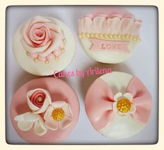 Wedding cupcakes | Flickr - Photo Sharing! Cupcakes Decorating, Fondant Cupcakes, Wedding Cupcakes, Happy Day, Cake Pops, Sweets, Romantic, Shapes, Wedding Ideas