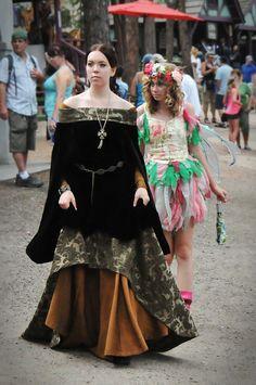 Items similar to CUSTOM Century Medieval/Renaissance/Historical Gown on Etsy Tudor Dress, Medieval Dress, Medieval Fantasy, Couture Mode, Haute Couture Fashion, Jenny Packham Bridal, Renaissance Costume, Renaissance Era, Viking Clothing