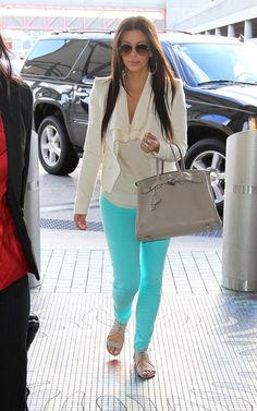bright skinny jeans are a yes.. wish i was brave enough to wear them!