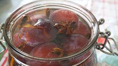 Bærlikør – neste års julelikør Cocktail Recipes, Food To Make, Baking, Vegetables, Desserts, Drinks, Tailgate Desserts, Patisserie, Backen