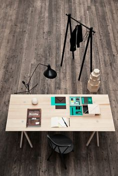 Buy the Tray Displays from Nomess, on Made in Design - 48 to 72 hours delivery. Creative Office Space, Home Office Space, Modern Furniture, Furniture Design, Le Logis, Things Organized Neatly, Light Colored Wood, Workspace Inspiration, Fashion Room
