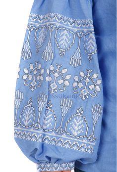 IN MAGAZZINO!!! PRONTO PER LA SPEDIZIONE!!!  VENDITA!!! Boho ucraino ricamato camicetta da donna - Vyshyvanka / ucraino ricamo. Formati - XS-4XL!!!  tessuto 100% lino con ricamo tessile di altissima qualità (una camicetta prende più di 48 ore a ricamare!!!).  Si può anche ordine personalizzato e Pagliaccetti/tuta/tunica/mini, midi o maxi abito con lo stesso design in vari colori di tessuto e ricamo thread, come disponibile. Volentieri vi aiuterà nella scelta di colori per rendere il vostro…