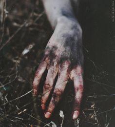 Eerie | Creepy | Surreal | Uncanny | Strange | 不気味 | Mystérieux | Strano | Unsaved by NataliaDrepina