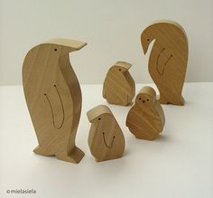 Wooden toy set - penguin family - waldorf - natural - wood toy via Etsy