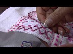 Aprenda a fazer flores de bordados em um pano de copa - YouTube