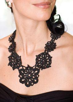 free crochet necklace patterns | home + crochet + projects + sparkling crochet necklace