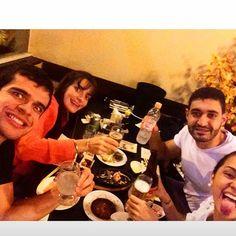 Bora escrever mais um pouco dessa história!   #friend #friends #fun #amigos #funny #love #instagood #igers #friendship #party #happy #japa #photooftheday #live #comidajaponesa #smile #bff #bf #gf #best #bestfriend #lovethem #bestfriends #goodfriends #besties #awesome #memories #goodtimes #goodtime #Baraba9
