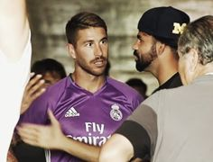 Diego Costa spotted telling Sergio Ramos he wants to leave Chelsea (video)