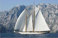 """""""Eleonora"""", a beautiful chooner yacht sailing Photo Franco Pace Classic Sailing, Classic Yachts, Classic Boat, Van Der Graaf, Fishing Boats For Sale, Electric Winch, Used Boat For Sale, Elapsed Time, Fresh Water Tank"""