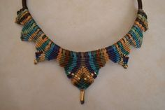 Crown - macrame necklace
