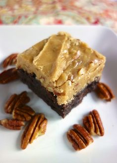 Praline Brownies - brownies topped with a praline frosting - OMG!