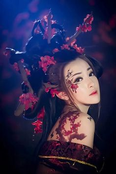 this is the most beautiful film star in Asia, very beautiful with various traditional ancient Chinese styles and photos Art Geisha, Geisha Kunst, Japanese Geisha, Japanese Art, Chinese Kimono, Asian Photography, China Girl, Cosplay, Halloween Disfraces