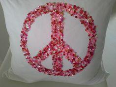 Kissen weiß, Peace, rosa-rot, 50x50 cm,mit Füllung von primaliese via dawanda.com