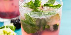 Best Blackberry Mojito Recipe - How to Make a Mojito Cocktail Blackberry Mojito Recipes, Best Blackberry, Mojito Drink, Mojito Cocktail, Thirsty Thursday, Summer Drinks, Cooking Recipes, Drink Recipes, Hot Chocolate