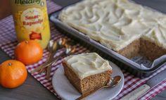 Saftig krydderkake med julesmaker l EXTRA Cakes, Baking, Desserts, Food, Baking Soda, Tailgate Desserts, Deserts, Cake Makers, Kuchen