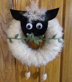(notitle) - Ostern und Frühling - Cuidados com o Jardim Bible Crafts, Fun Crafts, Diy And Crafts, Christmas Crafts, Christmas Decorations, Christmas Ornaments, Curtain Rings Crafts, Sheep Crafts, Easter Crafts For Kids